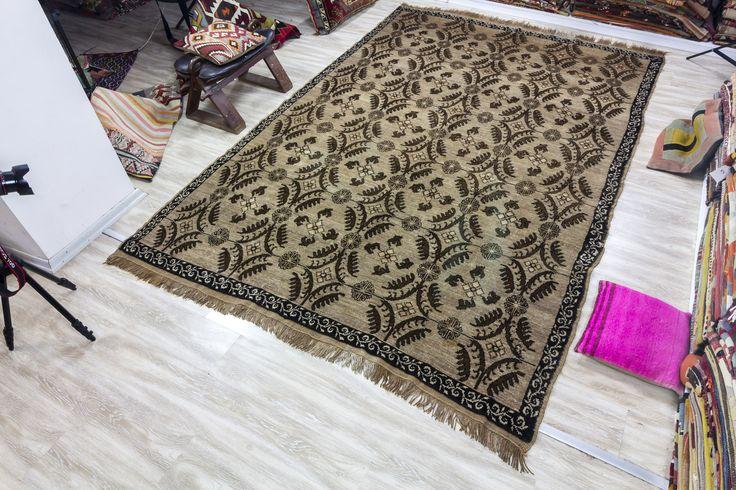 Brown Jewel - Vintage Turkish Carpet