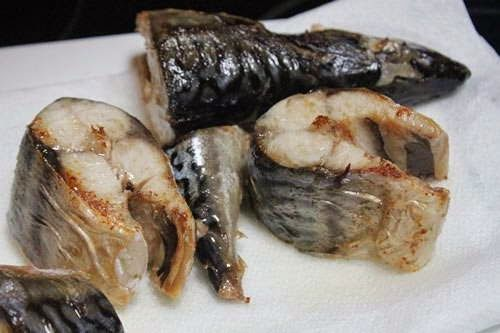 Braised Fish with Lemongrass and Ginger Recipe