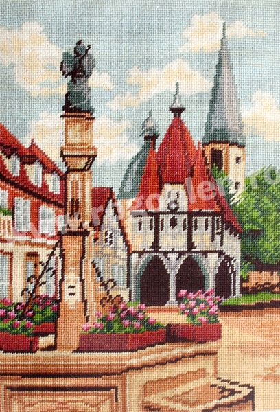 Cod produs 0.23 Castel Culori: 21 Dimensiune: 13 x 18cm Pret: 34.97 lei