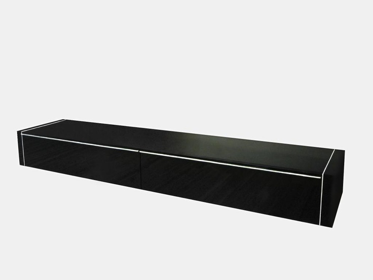 Líneas puras y elegantes. Mueble en lacado negro brillo con detalles en metal. Sus medidas son 254 de largo x 57 cms. de ancho.