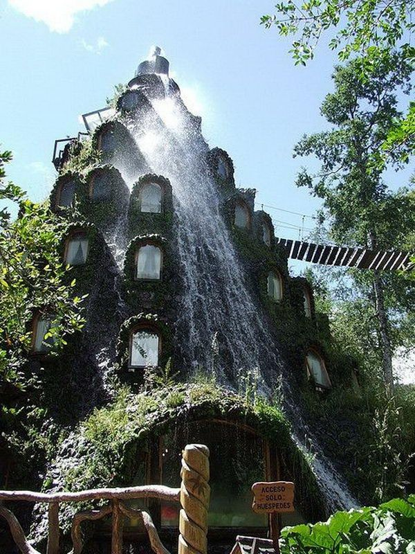 Montana Magica Lodge. Located within the Huilo Huilo nature reserve, this hotel erupts daily with clean water that goes over the windows of the hotel. Guests can eat delicious food in the restaurant and enjoy breathtaking views of the forest from comfortable and romantic rooms.