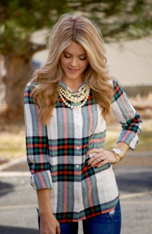 Plaid and Pearls... I'm not much of a plaid person but surprisingly I really like the way this works together...