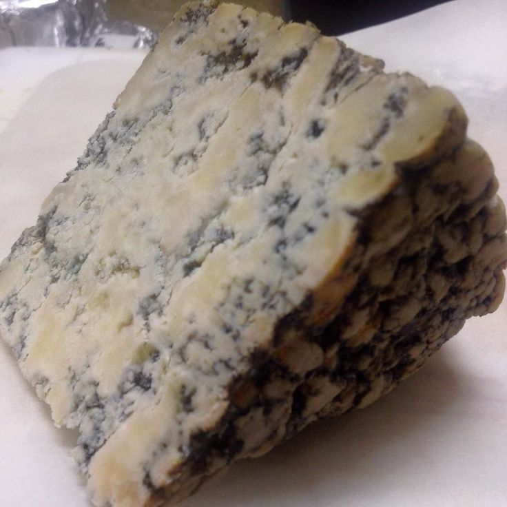 """Have you ever tried blue goats cheese? Thanks to #montejugo we have now. Not as strong as I would have thought and utterly delicious.  Makes us want to make our """"Chocolate Blue cheese Cookies"""" again #eatuscania #igersviterbo #cheese #bluecheese #gorgonzola #stilton #italiancheese #igerslazio #igermaremma #delicious"""