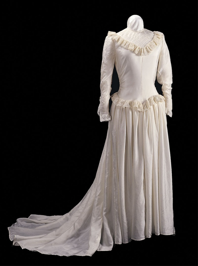 17 Best images about 1940's Fashion Wedding attire on ...