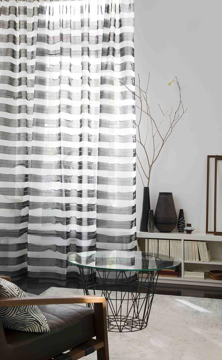 Railroad de Rasch Textil - Evolution Collection | Visillos con rayas horizontales. Cortines amb ratlles horitzontals.