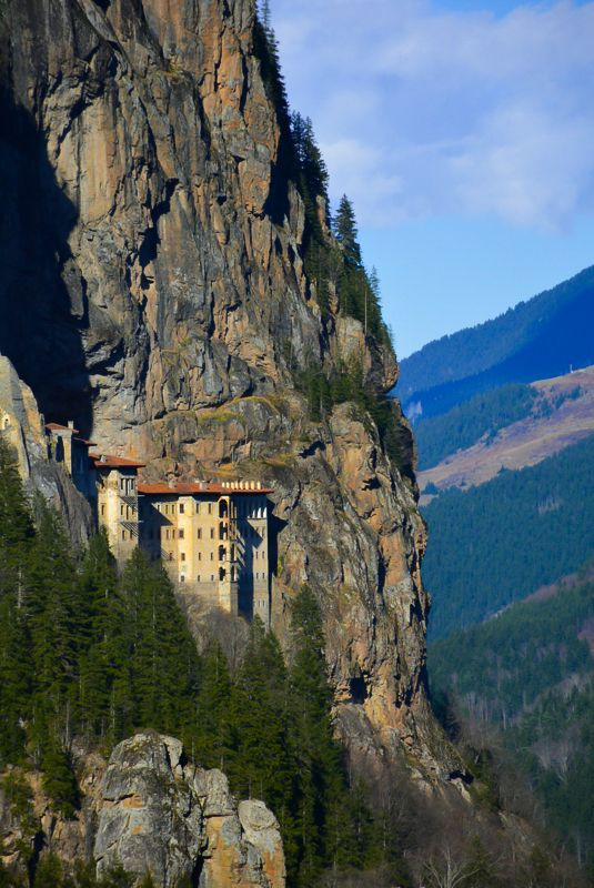 Located an hour from the Black Sea coastal town of Trabzon is the Sumela Monestary. The Greek Orthodox monastery is tucked away in the mountains and makes a perfect day trip any day of the year.  #sumela #turkey #trabzon