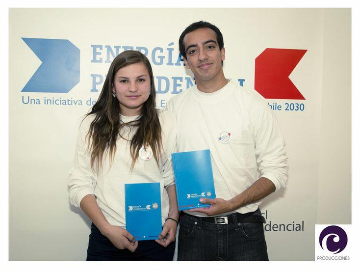 """Anfitriones Foro Debate """"Energía Presidencial 2013"""" Centro Culural Gabriela Mistral - Santiago de Chile"""