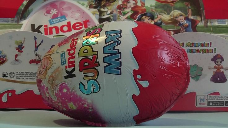 MAXI KINDER SURPRISE Vajíčko Vianočné SEB20 Super DC Hero Girls