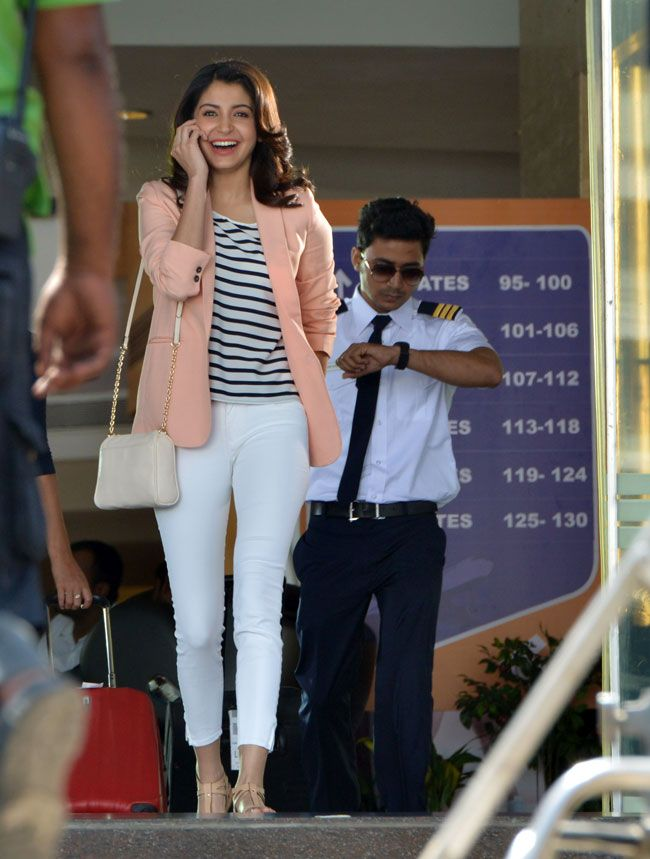 Anushka Sharma spotted shooting for an advertisement at a mall in Mumbai.