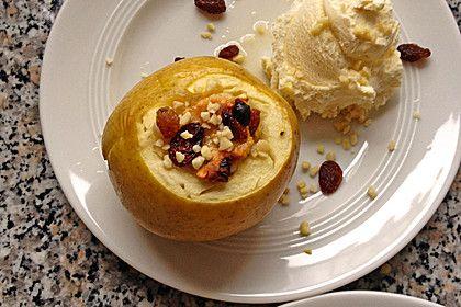Marzipan - Bratäpfel mit Vanillesoße 1