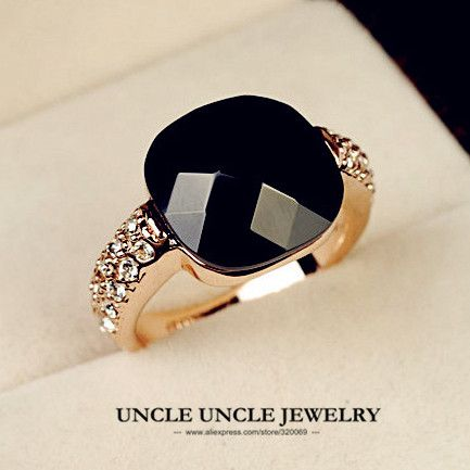 Rose Gold Plated Square Black Onyx and Austrian Rhinestone Inlaid Lady Fashion Finger Ring Wholesale 18KRGP