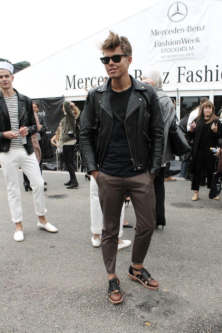 Leather jacket. Slim pant.