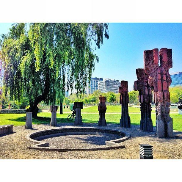 Parque de las Esculturas in Providencia, Metropolitana de Santiago de Chile.  El parque es gratuito y está abierto hasta el anochecer