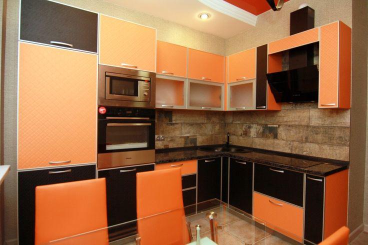 Предлагаем для долгосрочной аренды в Ставрополе  2 - комнатная квартира по адресу Крупской29/3,Шоколад, ремонт современный,встроенная кухня, 2-х спальная кровать, мягкая мебель, новая мебель, общей площадью 60.9 кв.м, дом Новый монолит, Крышн.котел отопление, Электро-плита, наличие бытовой техники - стиральная машина (+), холодильник (+), телевизор (ЖК),парковка подземная, номер объявления - 33364, агентствонедвижимости Апельсин. Услуги агента только по факту заключения…