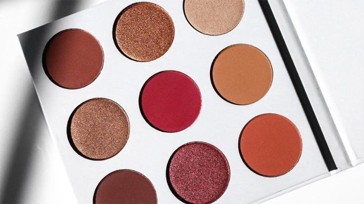 6 Eyeshadow Palettes To Try That Are Just Like Kylie's Burgundy Palette #KylieJenner #eyeshadow #palettes #burgundy #beauty