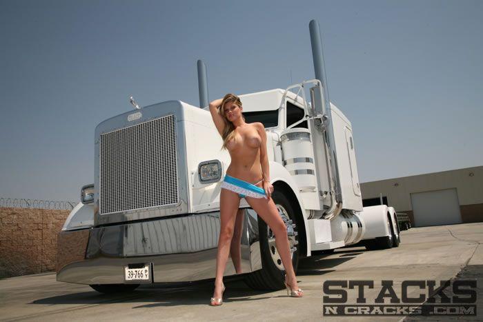 nude girls big trucks