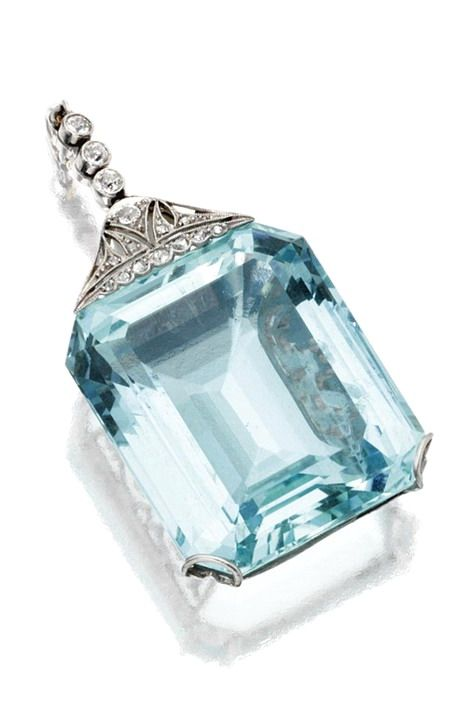 AQUAMARINE AND DIAMOND PENDANT, CIRCA 1910 The emerald-cut aquamarine weighing approximately 60.00 carats, the surmount set with 11 rose-cut and 4 old European-cut diamonds, mounted in platinum.