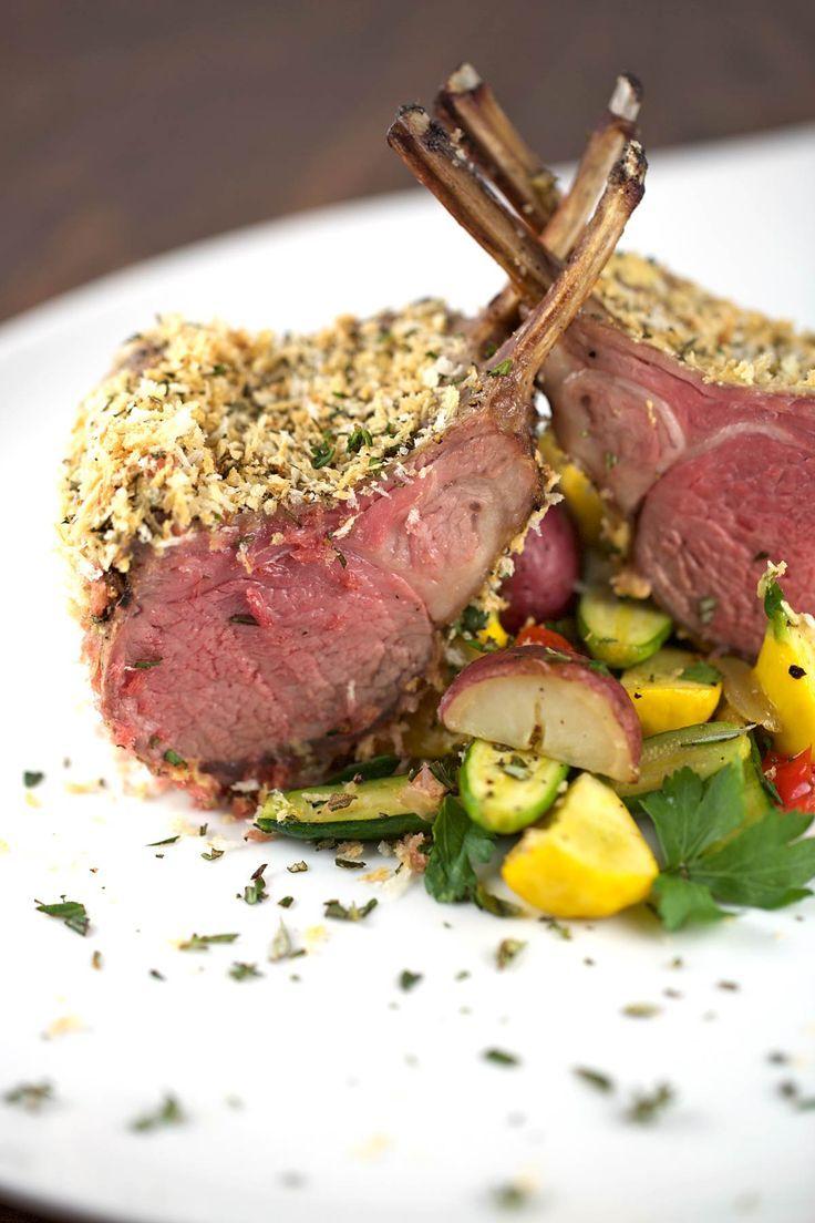 Super Delicious! New Zealand rack of lamb from trader joes   jessicagavin.com #lambrecipes