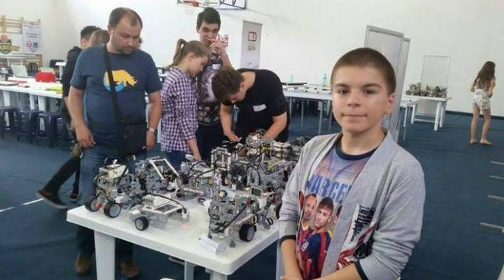 VIDEO - Se numeste Vlad si este NOUL GENIU al Romaniei! La doar 13 ani are peste 90 de medalii, dintre care 70 de  AUR!