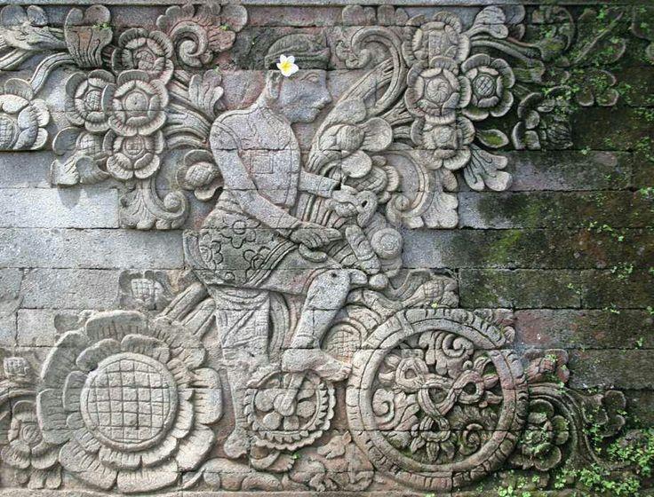 Maya en bici?