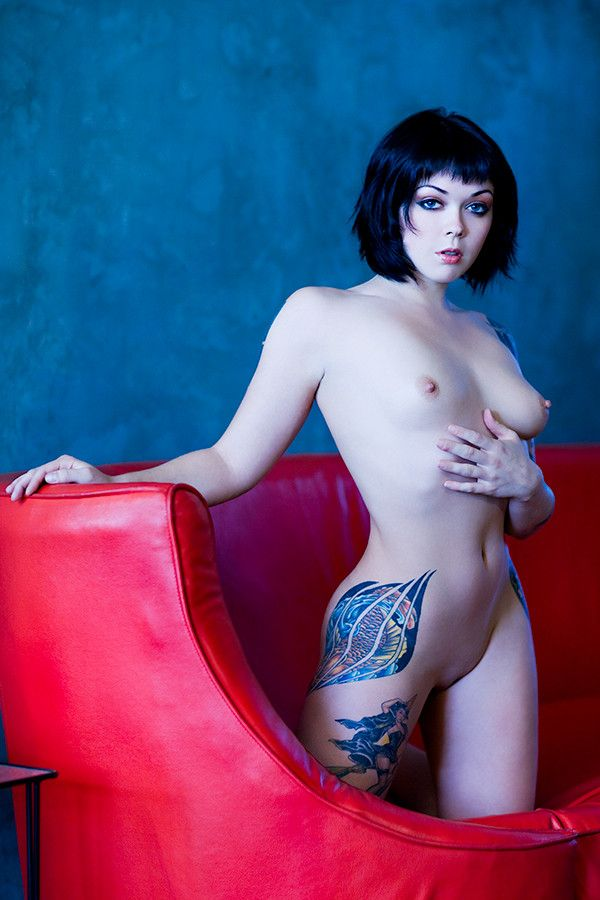 Model apnea naked, ice la fox squirting