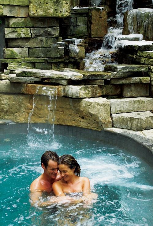 Outdoor Hot Springs at the   100 Fountain Spa in Niagara on the Lake  #GILOVEONTARIO