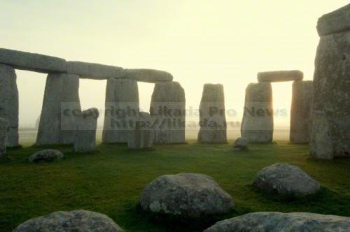 Раскопки карьеров в Уэльсе помогли понять, как в них добывали «голубые камни» для знаменитого мегалитического комплекса.  Несмотря на то, что Стонхендж известен давно, он до сих пор находится под пристальным вниманием археологов. Среди камней, образу...  #судя,  #Likada #PRO #news #новость