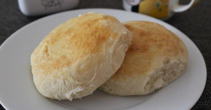 Este pan amasado esponjoso es una receta ideal para la hora del té o para un rico desayuno. ¡Una delicia!
