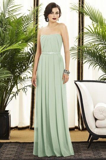 Mint dress, maybe for a Bridesmaid ?