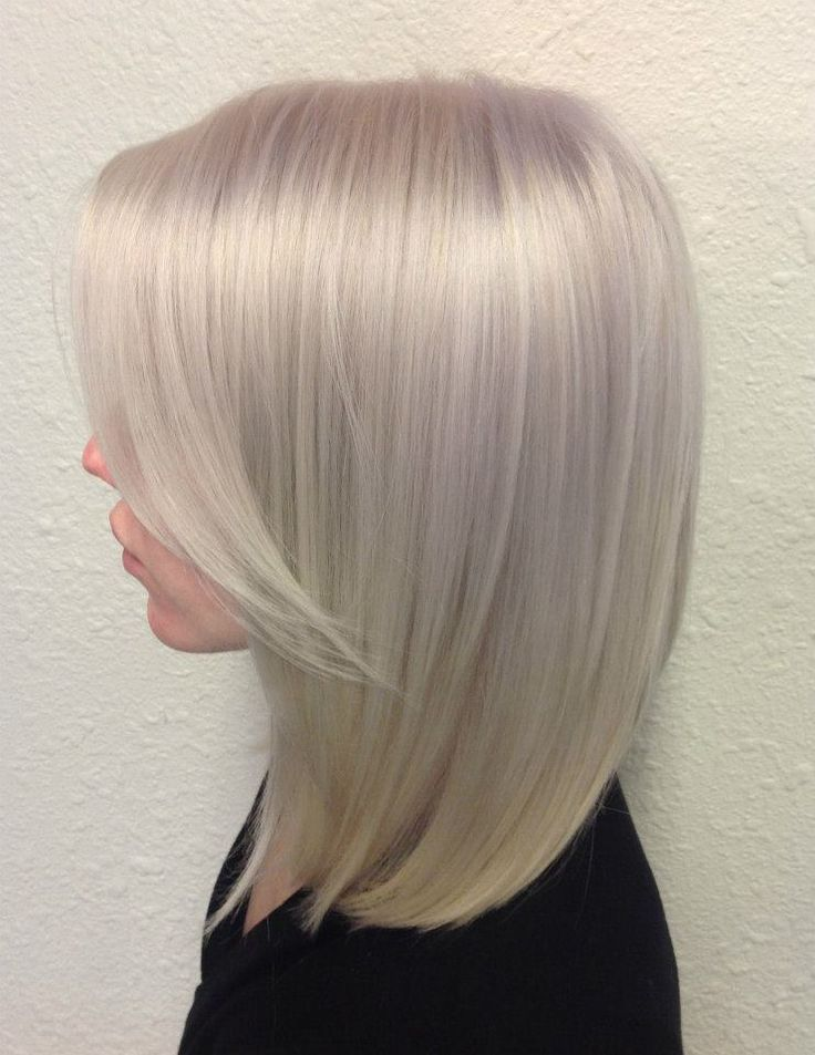 Would Love This Icy Platinum Blonde In Balyage Hair