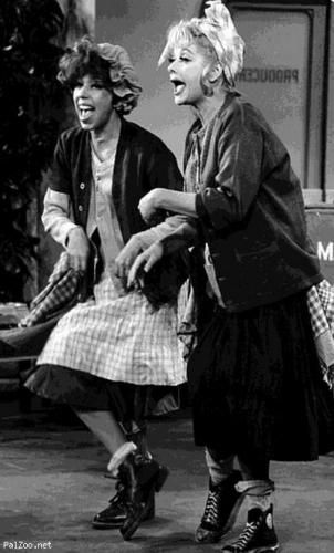 Lucille Ball Funny | Groups :: Casper's Haunted House : The Living Room