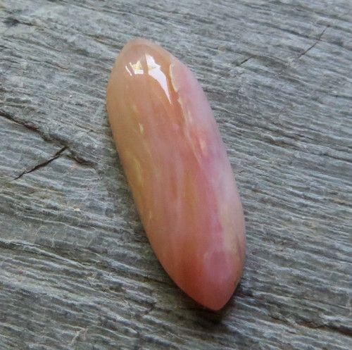 Růžovo žlutý opál - Peru , kabošon č.C16 / Prodané zboží prodejce Saffron | Fler.cz