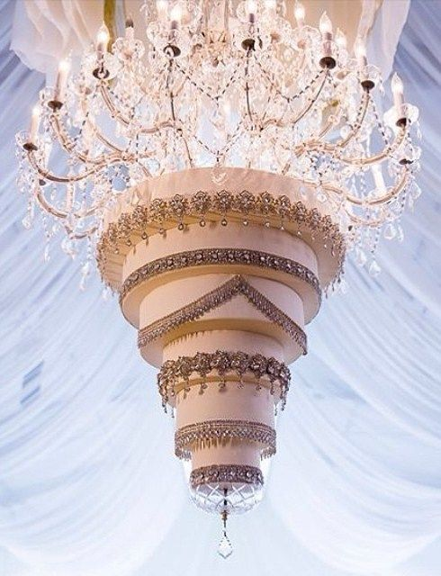 This upside-down, chandelier wedding cake at Four Seasons Hotel Westlake Village had us seriously swooning.