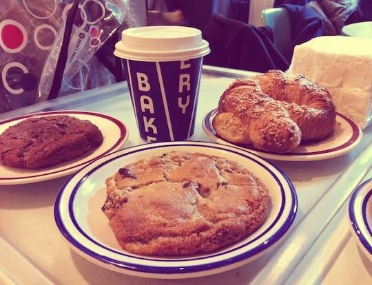 CITY BAKERYChocolate Chips, Favorite Places, Chocolates Chips Cookies, Cities Bakeries, Cookies Quest, Pretzels Croissants, Chocolate Chip Cookie, Bakeries Nyc, Favorite Recipe