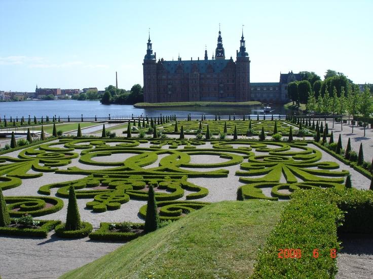 Frederiksborg Castle in the North of Sealand, Hillerød.  Frederiksborg Castle KopenHagen