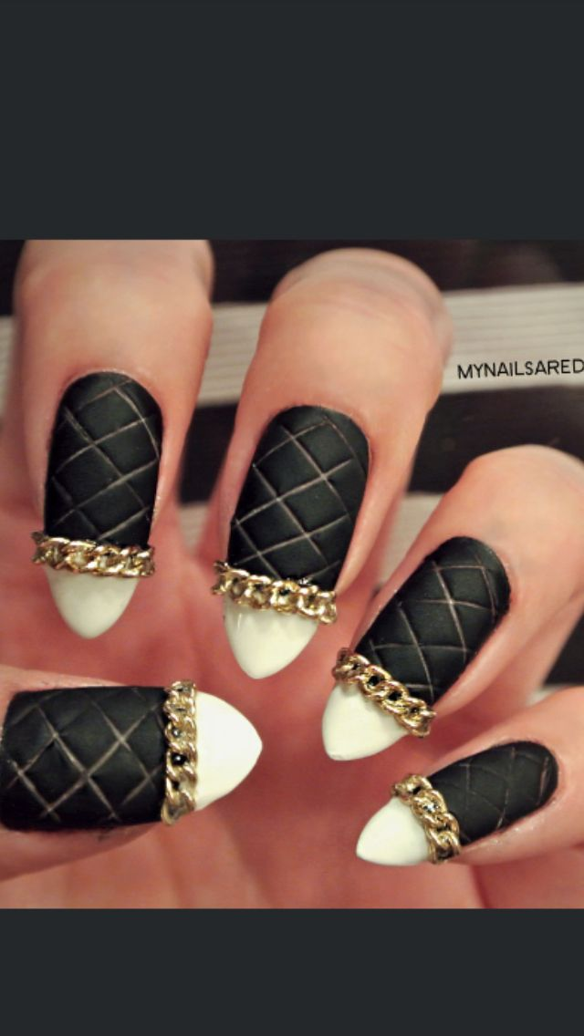 Quilted nail dopeness!