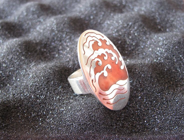 Sterling silver 'hinged' ring with resin inlay