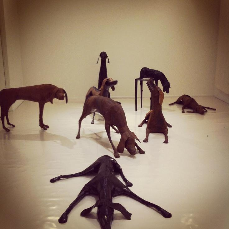 dog sculptures by Velasco Vitali