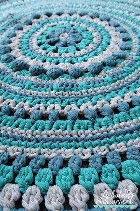 mit Textilgarn einen Teppich häkeln | stricken und häkeln ...