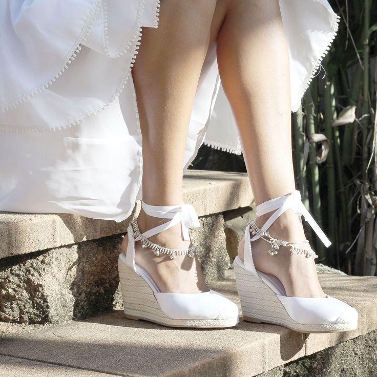 Best 25 Outdoor Wedding Shoes Ideas On Pinterest