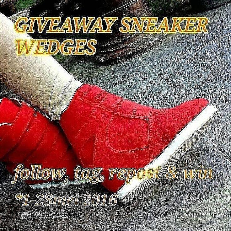 give away sneaker wedges rule mudah  1. follow @orielshoes tag 5 temenmu (dapat 1 kupon undian berlaku kelipatannya)  2. repost foto (dapat 1 kupon undian berlaku kelipatannya)  3. gunakan #giveawayorielshoes2016  4.penutupan give away @orielshoes tgl 28 mei  5. pengundian tgl 29 mei ( bukti video pengundian di uploud langsung)  6. dipilih 1pemenang untuk konfirmasi ukuran kaki.  7. sneaker wedges akan dikirim setelah 3hari pemenang konfirmasi.  semoga beruntung #giveaway #wedgesmurah…