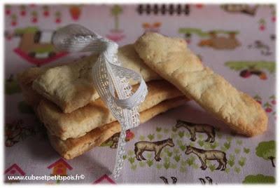 Mon premier biscuit par Cubes & Petits pois - Cubes & Petits pois