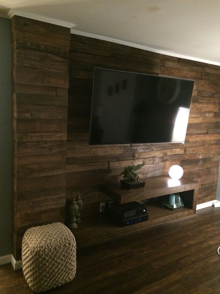 Espresso stained pallet wall with floating TV console DIY