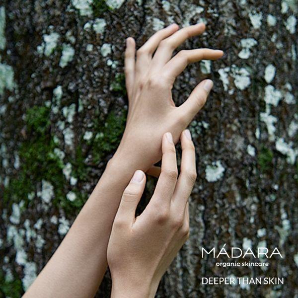 Douceur et fraîcheur des prairies et forêts lettonnes, MADARA est une ligne de cosmétiques entièrement naturels et écologiques, formulés à base d'extraits de fleurs et de plantes de la région baltique, particulièrement riches en principes actifs. Disponibles dans l'E-Shop www.officina-pari... #madara #lettonie #madaracosmetics #beautebio #cosmetiques #naturel #bio #beaute #vegan #naturel #soin #visage #organic #foret #nature #mains #hands #skin #peau #skincare #officinaparis #paris #france