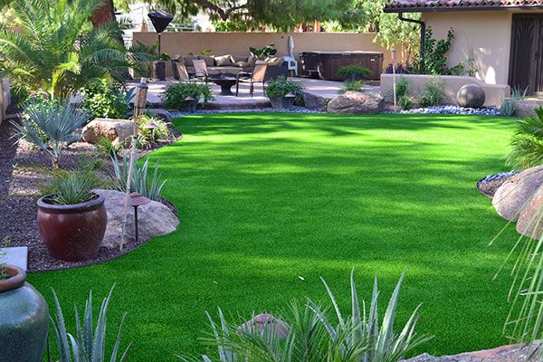 4 Awesome Landscaping Ideas for Your Backyard | ForeverLawn Arizona