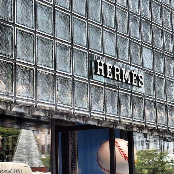 エルメス 銀座店 (Maison Hermès)