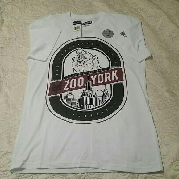 Zoo York T-shirt size Med NWT Zoo York T-shirt size Med NWT white Zoo York  Tops Tees - Short Sleeve