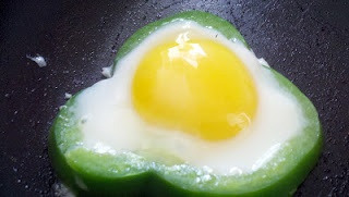 Flower Eggs - from Bell Peppers! | i love to eat | Pinterest