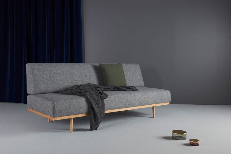 daybed in grey