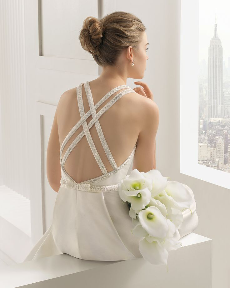 SATINA - Rustic silk dress with beaded detail, in ivory. Mikado dress with beaded detail in a natural colour.